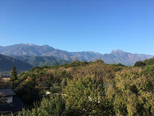 10月27日、日野春の紅葉🍁は、まだ稲刈りが終わって、まだまだ?_d0338282_07362464.jpg