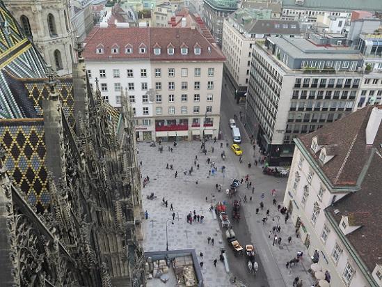 ウィーン、シュテファン寺院_c0192215_18305033.jpg