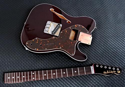 STD-TとHollow Tの計.4種のギターの塗装が完了です!_e0053731_16463837.jpg