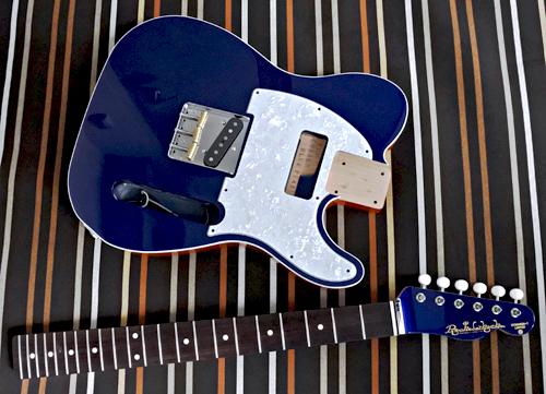 STD-TとHollow Tの計.4種のギターの塗装が完了です!_e0053731_16465231.jpg