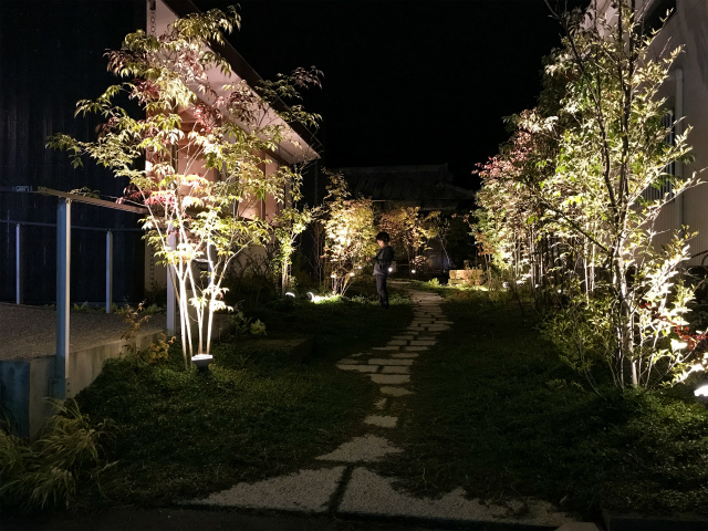 「庭マルシェ 5」出展者のご紹介 kitakano landscapeさん。_e0060555_14595999.jpg