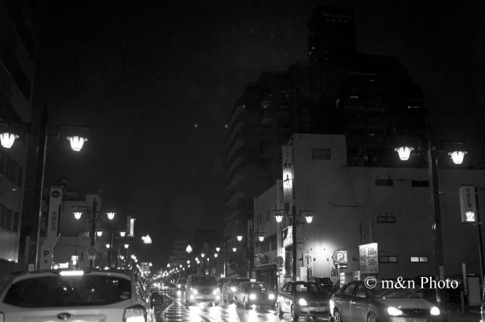 雨の繁華街_e0321360_23304063.jpg