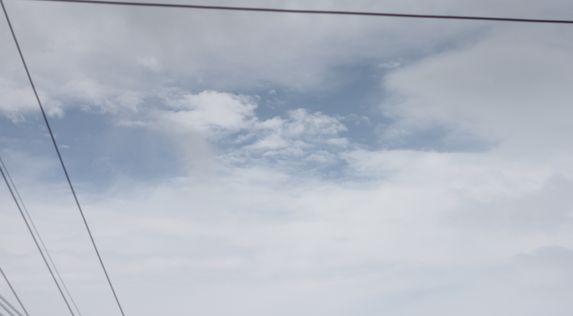 台風22号通過中_c0139375_1559518.jpg