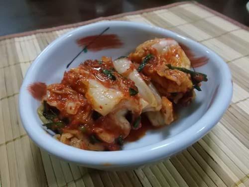 夕食は弁当を買った&自家製白菜キムチ_f0019498_21103818.jpg