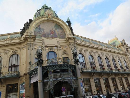 街の風景 in プラハ_c0192215_2294011.jpg