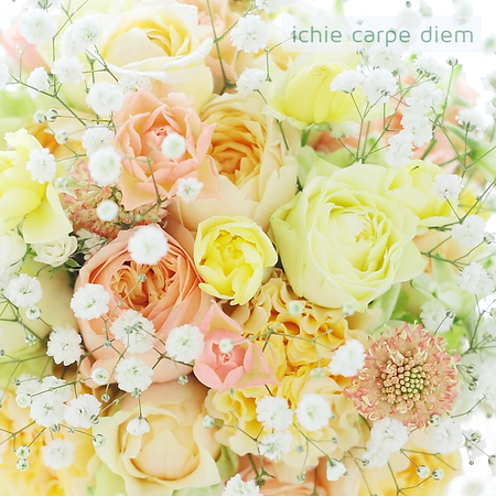 ラウンドブーケ 八芳園様へ 柔らかパステルミックスのバラに、かすみそうを雪のように_a0042928_20161150.jpg