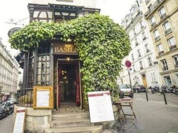 ヨーロッパ買い付け後記10 かわいいレストランで食事 入荷ボルサリーノ、ロイヤルステットソン、ボブス ハット_f0180307_18413104.jpg