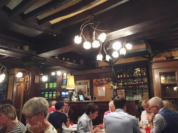 ヨーロッパ買い付け後記10 かわいいレストランで食事 入荷ボルサリーノ、ロイヤルステットソン、ボブス ハット_f0180307_20280034.jpg