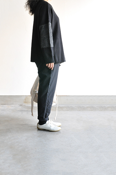 TANG Charcoal × Black Asymmetry Knit_d0120442_14212165.jpg