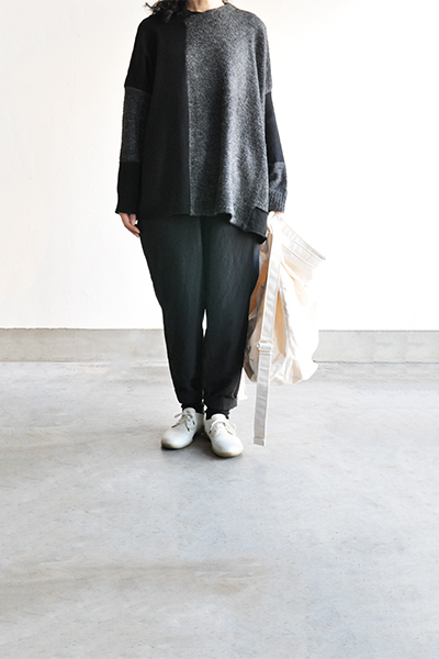 TANG Charcoal × Black Asymmetry Knit_d0120442_1421219.jpg