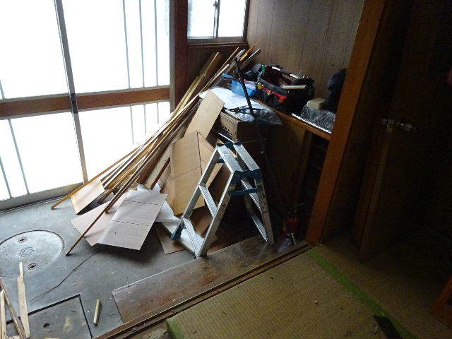 本町通り 中古住宅リフォーム工事 スタート!_f0105112_04351907.jpg