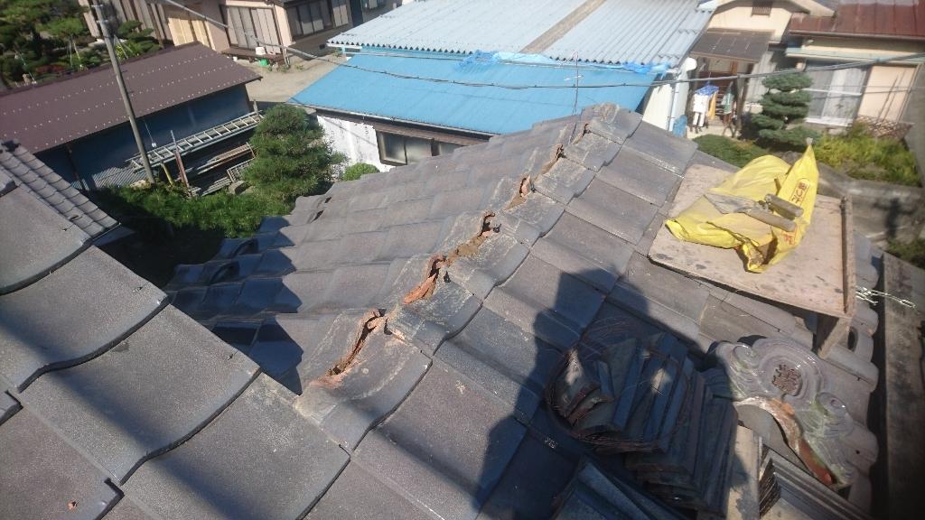 韮崎市  ハイシルバーの屋根  其の一_b0242734_20423031.jpg