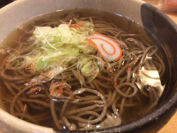 Now!!! 今日は茹でたての蕎麦!!美味いっ😋_c0110051_10585253.jpg