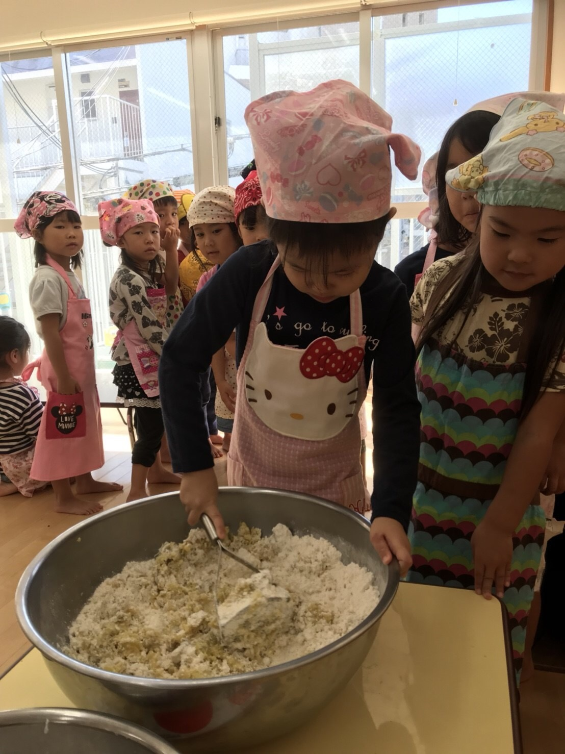 4歳児クラス、クッキーを作りました_c0151262_12513755.jpeg