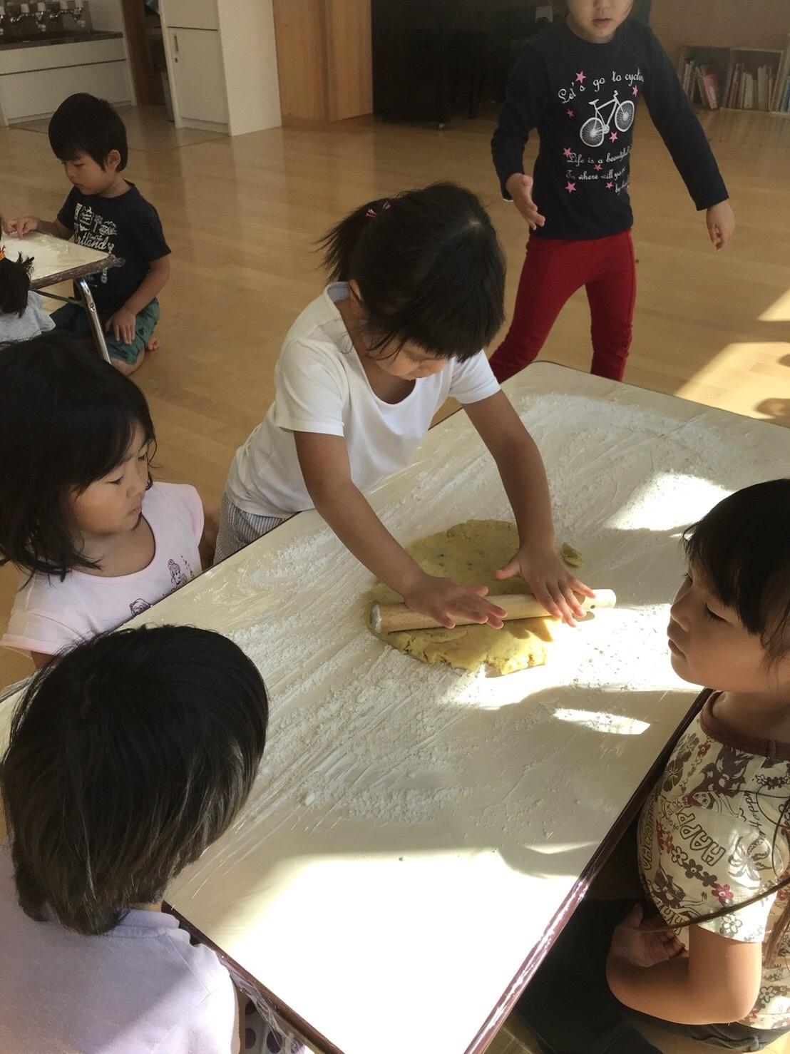 4歳児クラス、クッキーを作りました_c0151262_12531108.jpeg