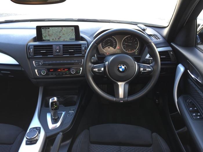 F20 BMW 116i Mスポーツ お探ししました!_c0317377_18132451.jpg