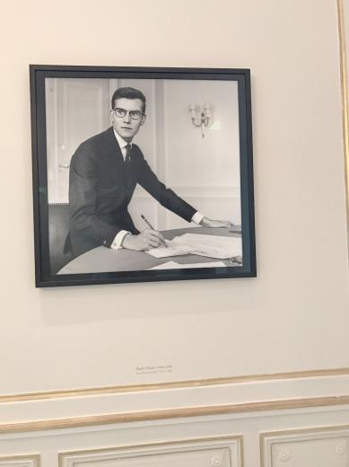 Musée Yves Saint Laurent Paris ミュゼ・イヴ・サンローラン(パリ便り その3)_c0176078_12243987.jpg