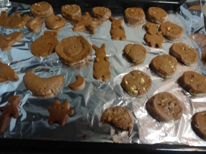 手作りクッキー_f0170422_08213376.jpg