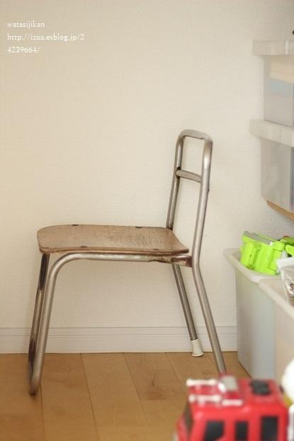 無印のフックに替える、そして椅子がなくなる_e0214646_23293329.jpg