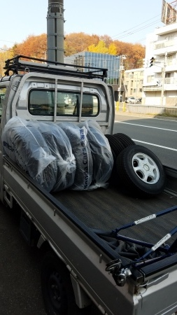 タイヤ交換、除雪機整備!_a0216771_11572613.jpg