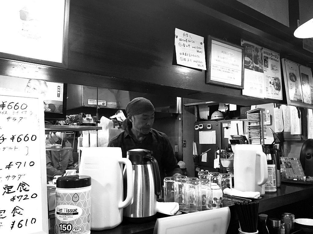 掛川「キネマ食堂」でラーメン定食_e0220163_18011187.jpg