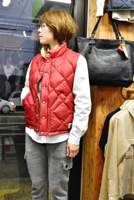 Crescent Down Works (MADE in USA)  「赤」別注QUILT DOWN VEST!★!_d0152280_10032603.jpg