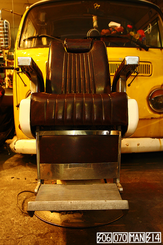 1970s Vintage TAKARA 659 電動ハイドロ床屋椅子 ミッドセンチュリー barber_e0243096_21580435.jpg