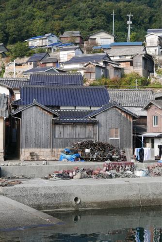 海界の村を歩く 瀬戸内海 六島(岡山県)_d0147406_14065196.jpg