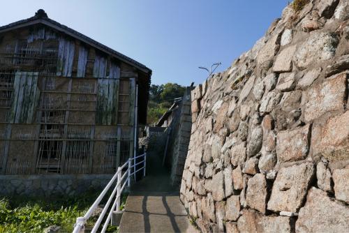 海界の村を歩く 瀬戸内海 六島(岡山県)_d0147406_14292729.jpg