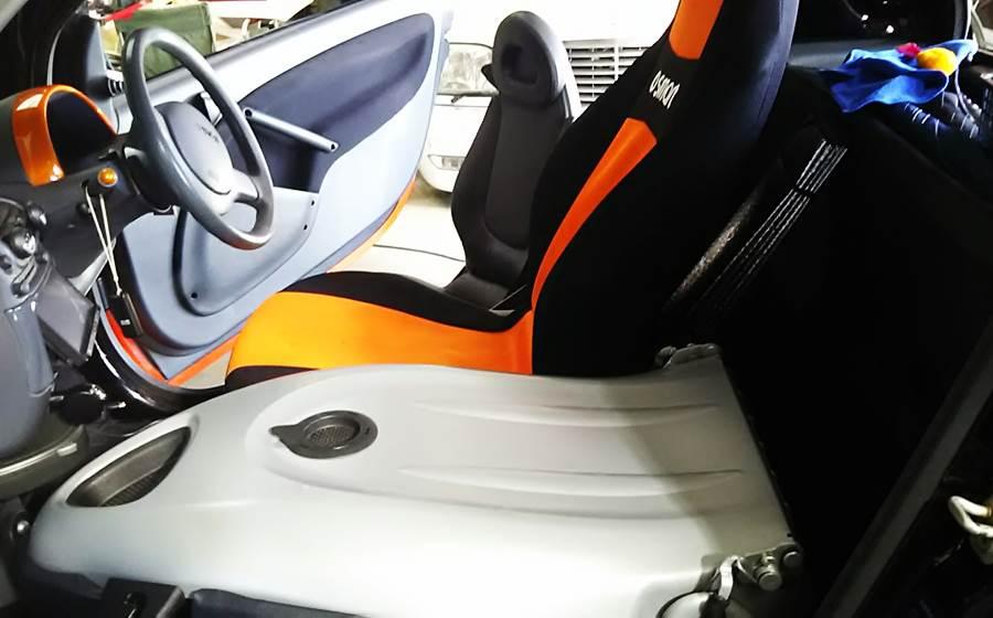 MCCスマートK ロードスター用シートへ/BRABUSホイール塗装_d0345614_17202541.jpg