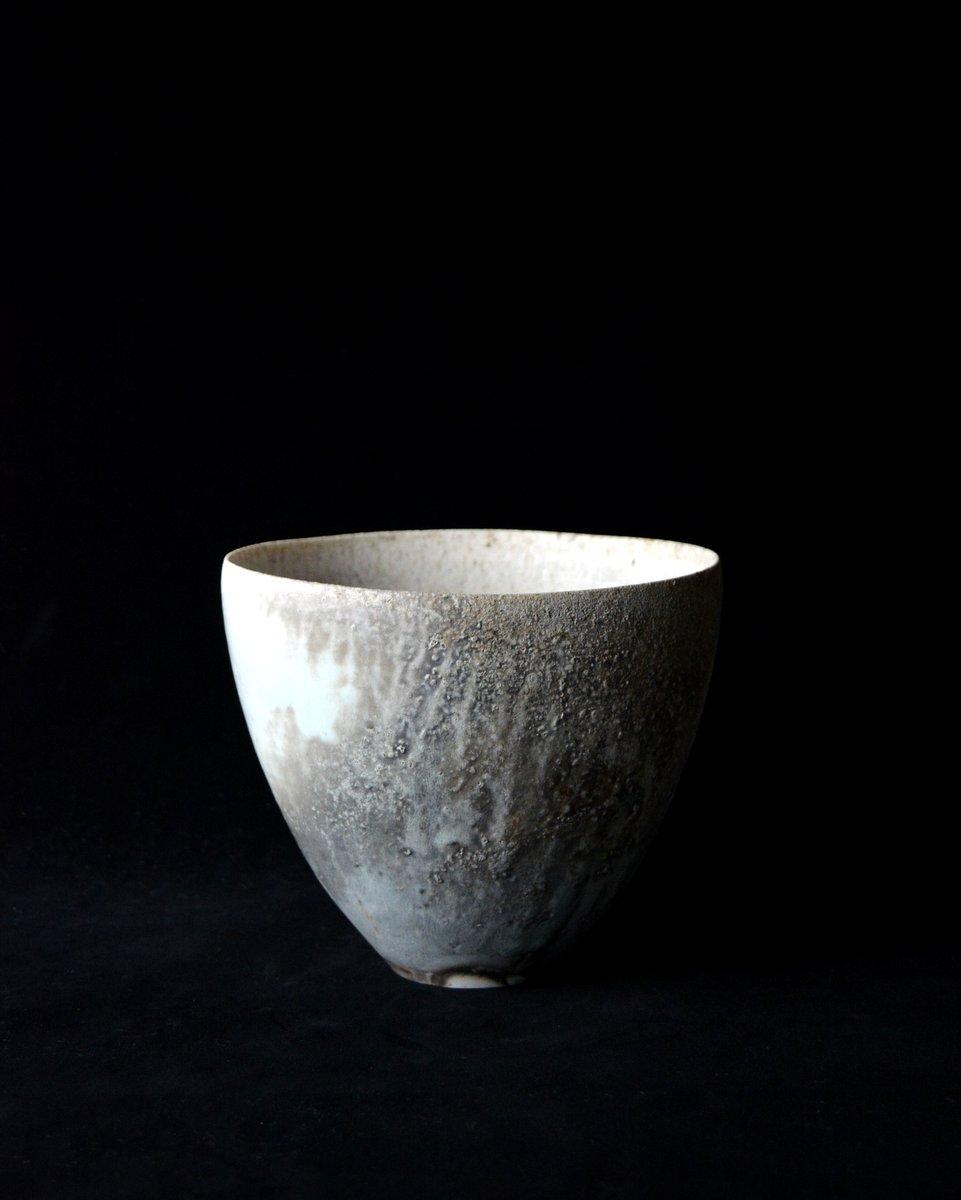 「田淵太郎展 幽玄白磁」花入_d0087761_17232391.jpg