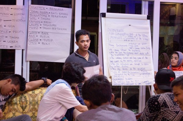 【Cordillera participants】Evaluation of the Theater Project on environment Issues_b0128901_12421519.jpg