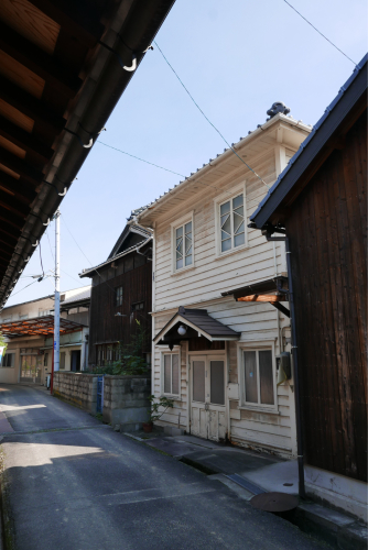 歌界の村を歩く 瀬戸内海 白石島(岡山県)_d0147406_21423557.jpg