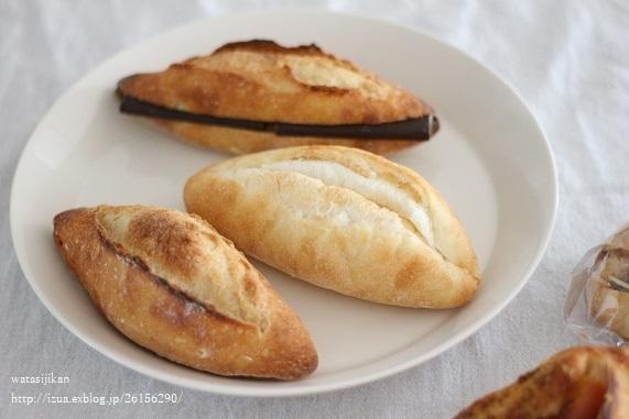 おやつとパン、色々_e0214646_22365757.jpg