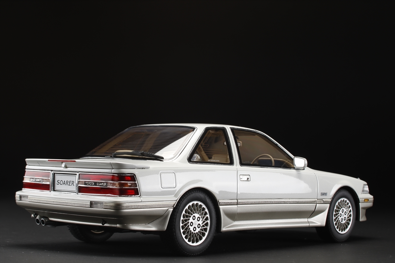 PH限定「Toyota Soarer 3.0GT Limited Air Suspension」 本日より予約開始!_a0149148_12051006.jpg