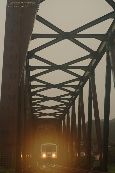 橋を照らす_d0309612_01121475.jpg