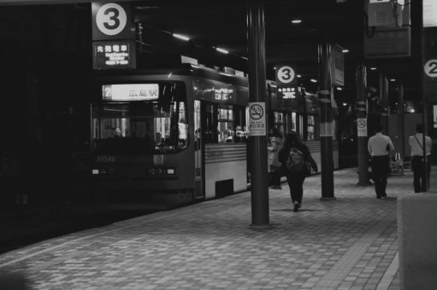 夜の駅_f0371447_07424024.jpg
