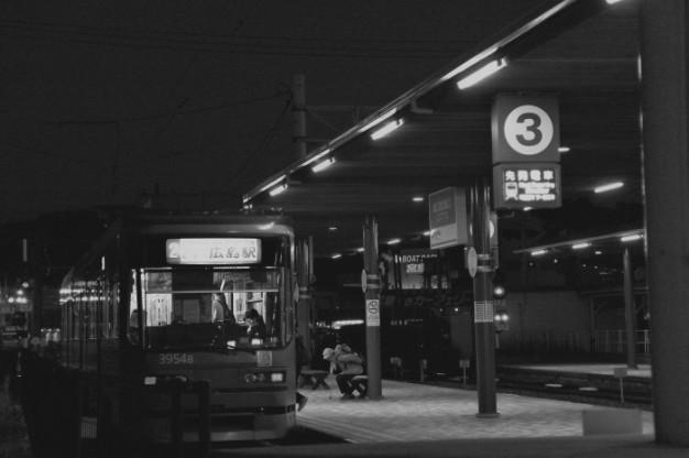 夜の駅_f0371447_07431069.jpg