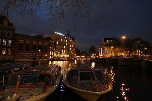 アムステルダムの夜_d0193569_09245308.jpg