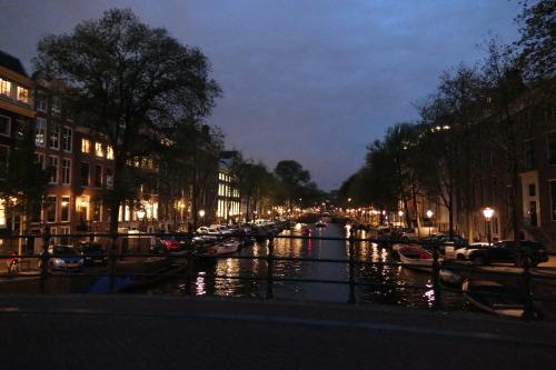 アムステルダムの夜_d0193569_09250833.jpg