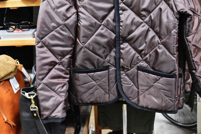 Hollingworth country outfitters ・・・ QUILTING JACKET (当店別注カラー)!★!_d0152280_12484379.jpg