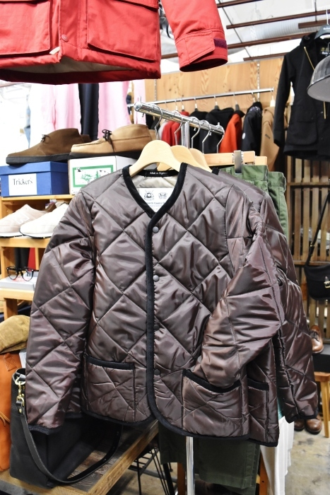 Hollingworth country outfitters ・・・ QUILTING JACKET (当店別注カラー)!★!_d0152280_12490534.jpg