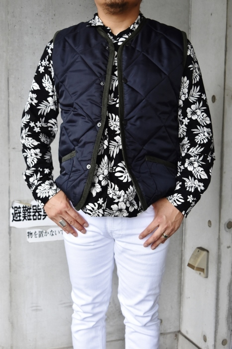 Hollingworth country outfitters ・・・ QUILTING JACKET (当店別注カラー)!★!_d0152280_13062701.jpg