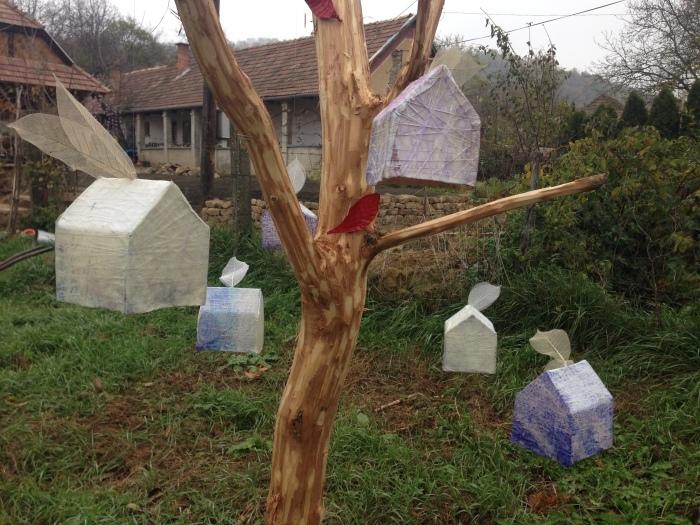 秋の中の春ー桜    展覧会BERCELハンガリー_c0100195_14274068.jpg