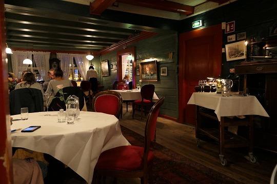 欧州出張2017年09月-第二日目-ベルゲン・最高のシーフードレストラン、ENHJORNINGEN_c0153302_23553514.jpg