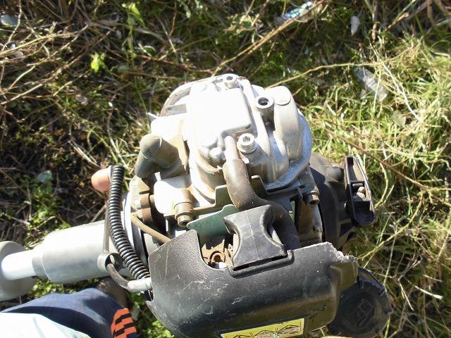 久々の「小潤井川の草刈り清掃」と、「ホルモン忠ちゃん」で久々の「締めのラーメン」_f0141310_08155906.jpg