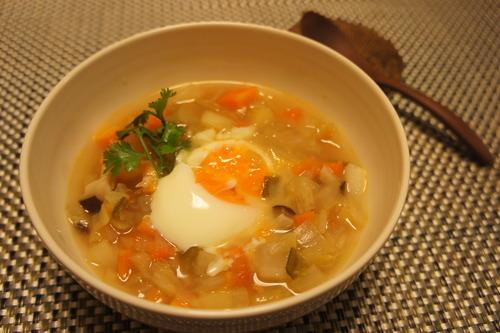 【和風農園スープ 温玉のせ (レシピ)】_f0215714_16202367.jpg