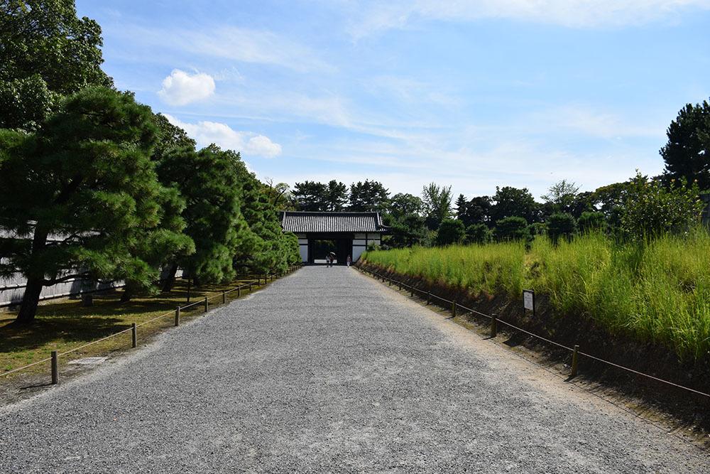 大政奉還150年記念に訪れた二条城。 その3 ~内堀~_e0158128_17471843.jpg