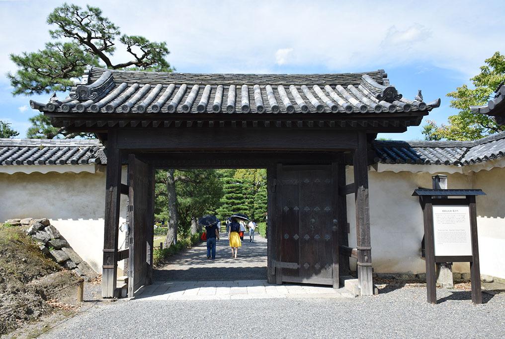 大政奉還150年記念に訪れた二条城。 その3 ~内堀~_e0158128_17491158.jpg