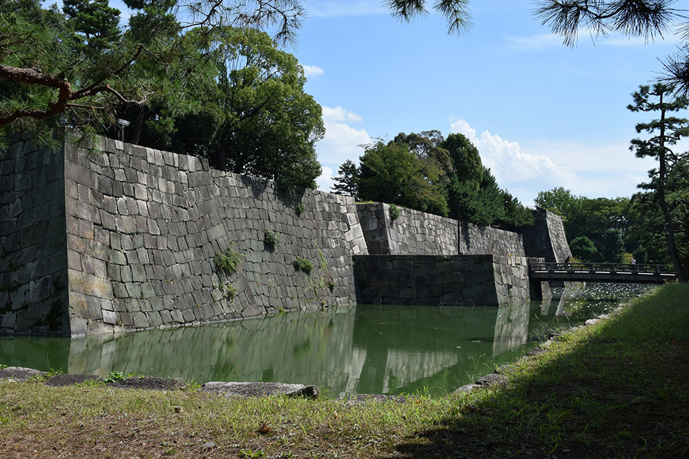 大政奉還150年記念に訪れた二条城。 その3 ~内堀~_e0158128_17552049.jpg